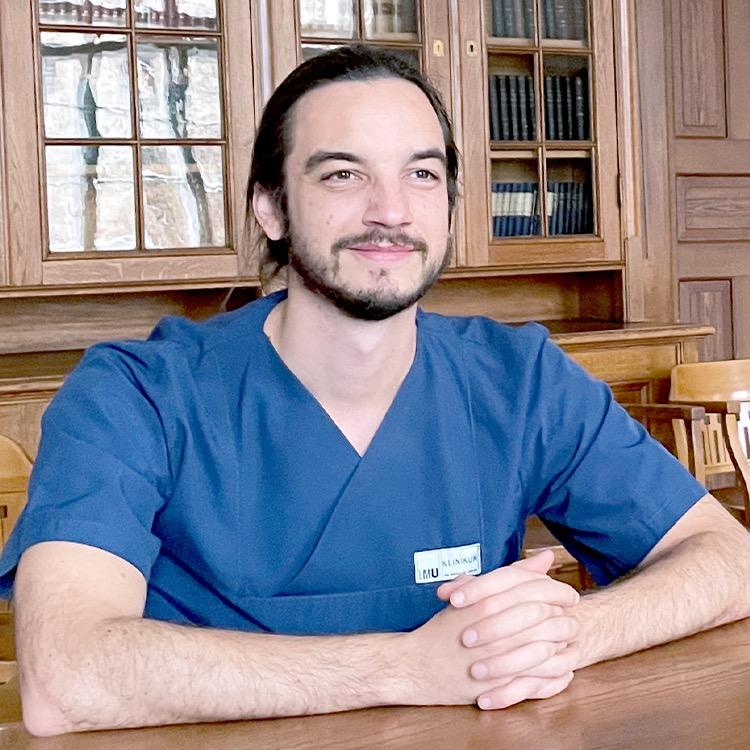 Dr. med. univ. Felix Segger